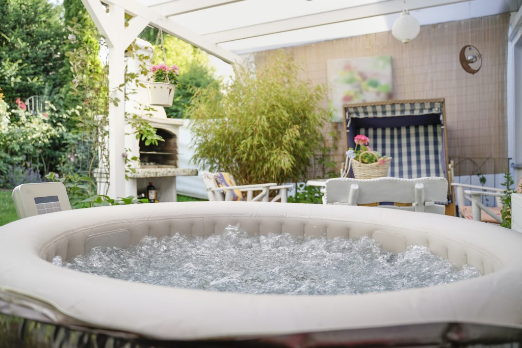 Top 5 Benefits of a Portable Jacuzzi